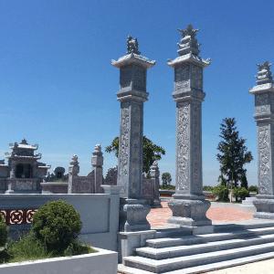 Khu Lăng Mộ Tổ Đá Xanh tại Đồng Hới, Quảng Bình